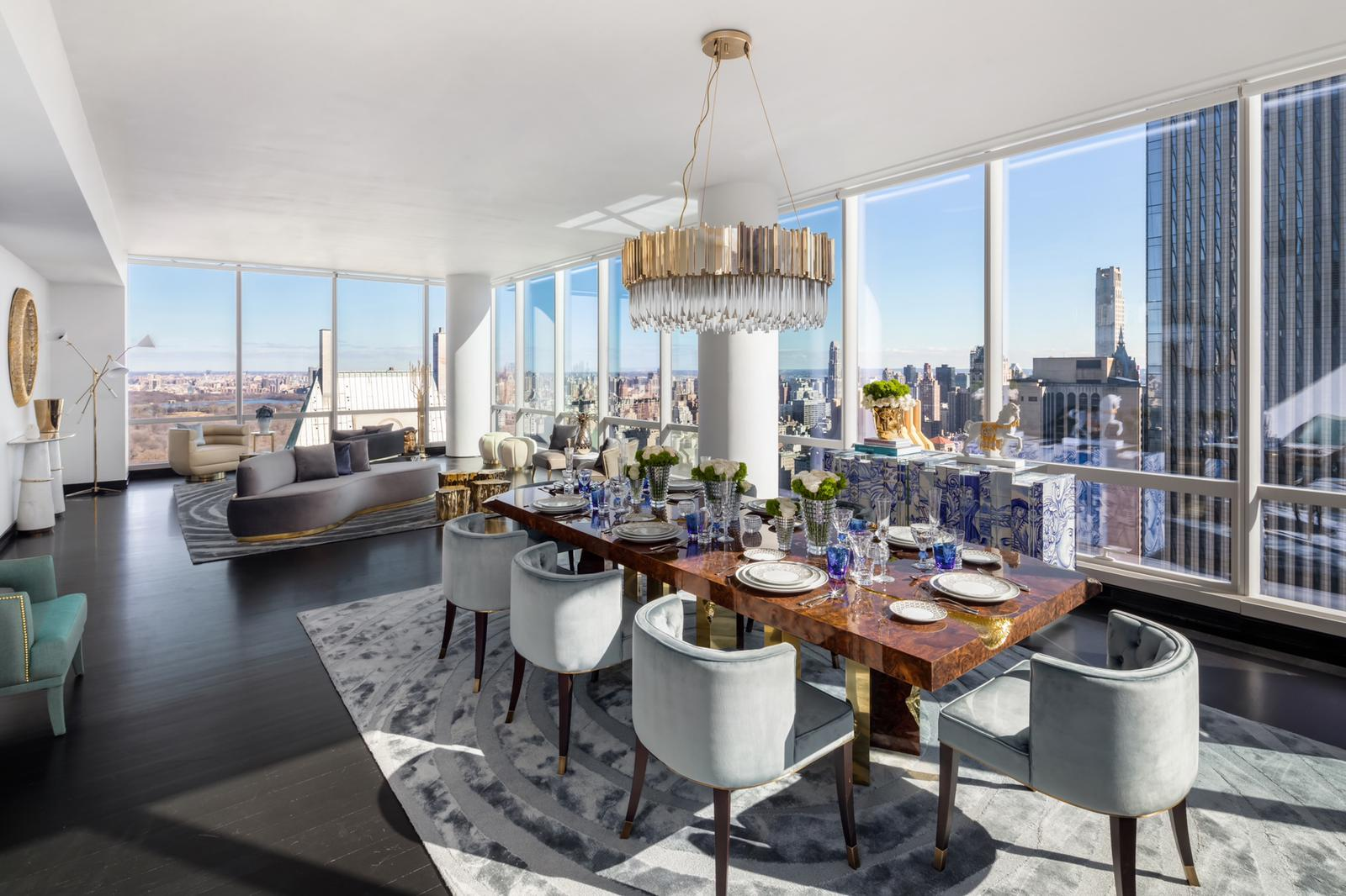 Covet-NYC-Manhattan-showroom-with-top-most-expensive-brands