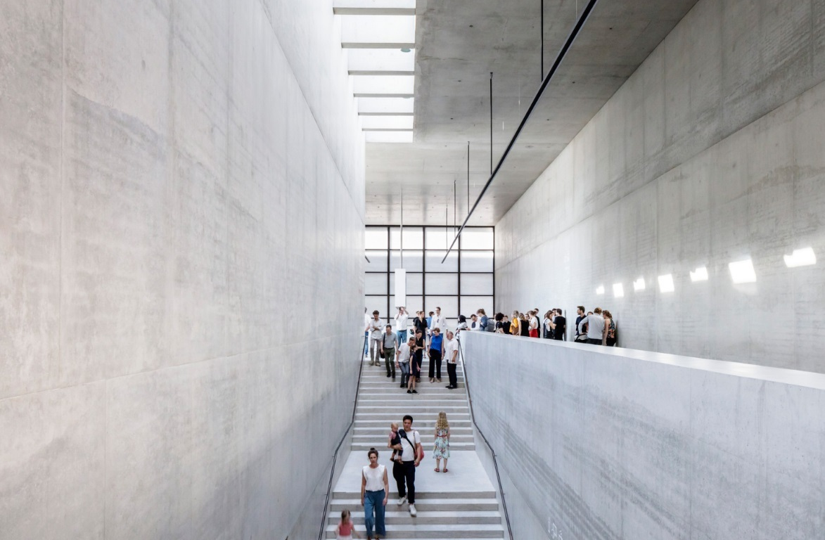 EVERYTHING YOU NEED TO KNOW ABOUT DAVID CHIPPERFIELD