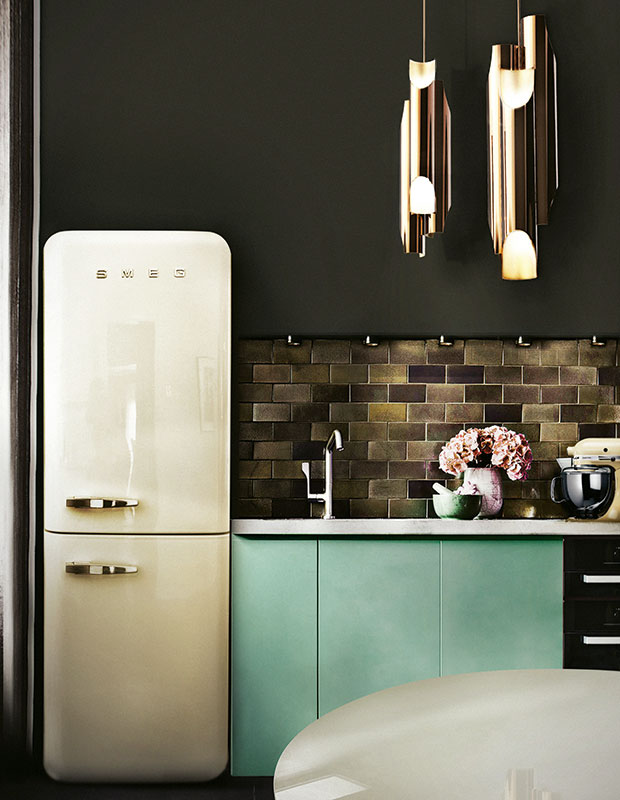 delightfull_galliano-suspension-renovated-flat-in-Berlin-modern-tiny-kitchen