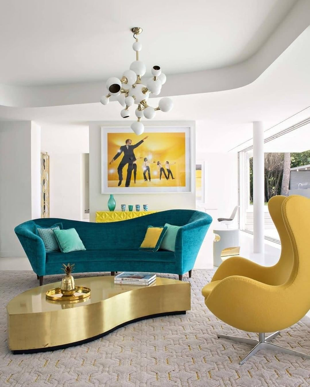 INSPLOSION_BRIGHT-AND-COLORFUL-LIVING-ROOM_BY_CH_DL-How-to-Decorate-Living-Room