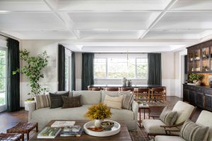 Amber Interiors: White-Wall, Laid-Back California Aesthetic