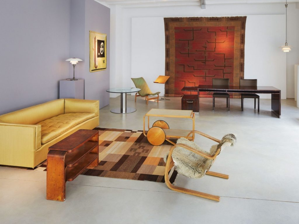 Luxury Showrooms