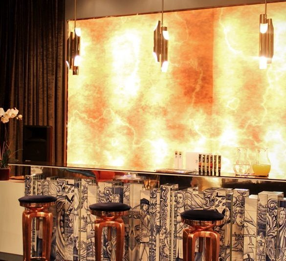 How decorate a modern bar