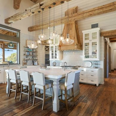 A farmhouse style kitchen.