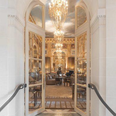 Hotel Crillon Chahan Minassian